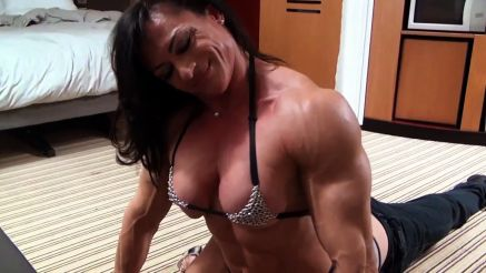 Claudia Partenza huge female muscle arms and shoulders