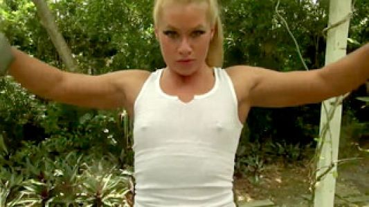 Big blonde muscle girl Diva.