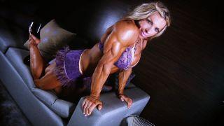 Debi Laszewski double bicep flex
