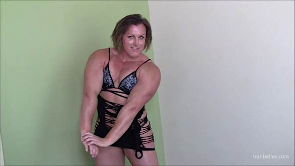 Michelle Russell flaunting amazing huge biceps