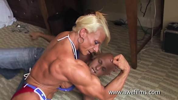 female bodybuilder mixed wrestling bicep flex