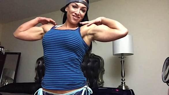 Muscle Femdom Kiki Mania Flexing Biceps
