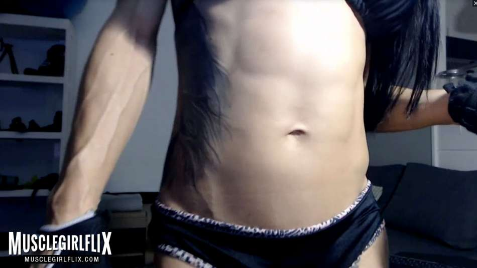 sexy lean abs cam girl
