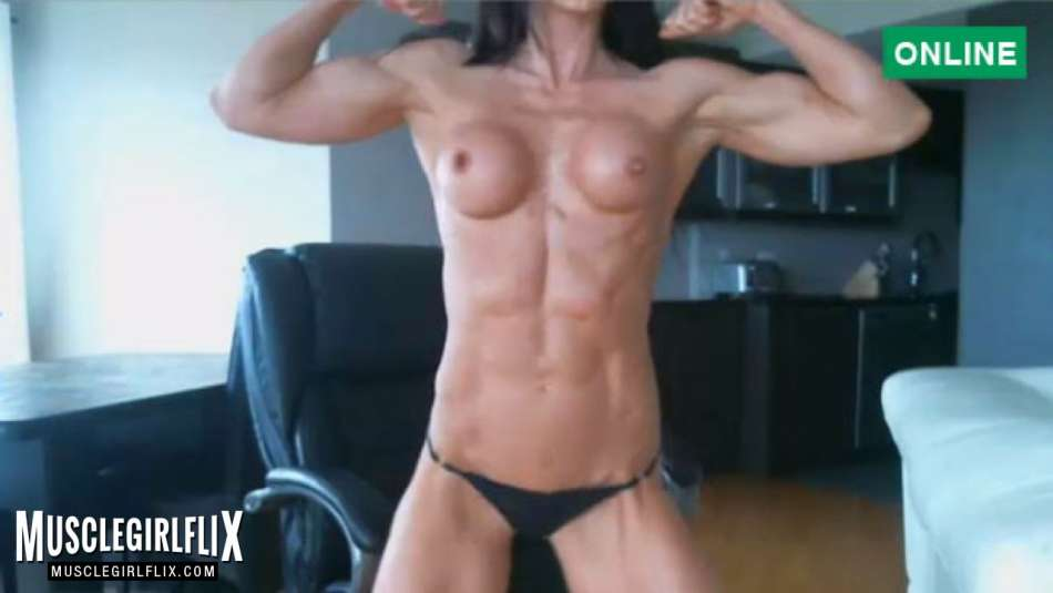 ripped muscle girl cam