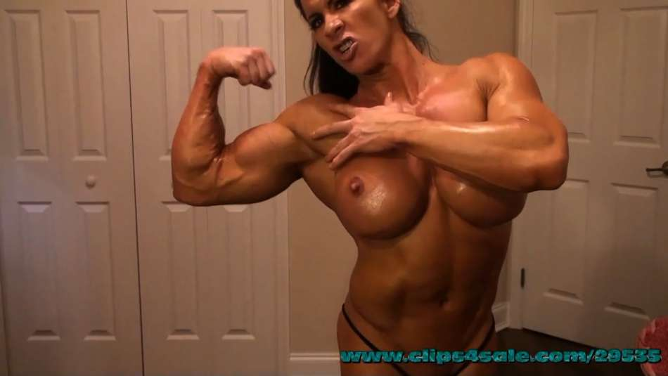 Angela Salvagno amazing topless muscle flex