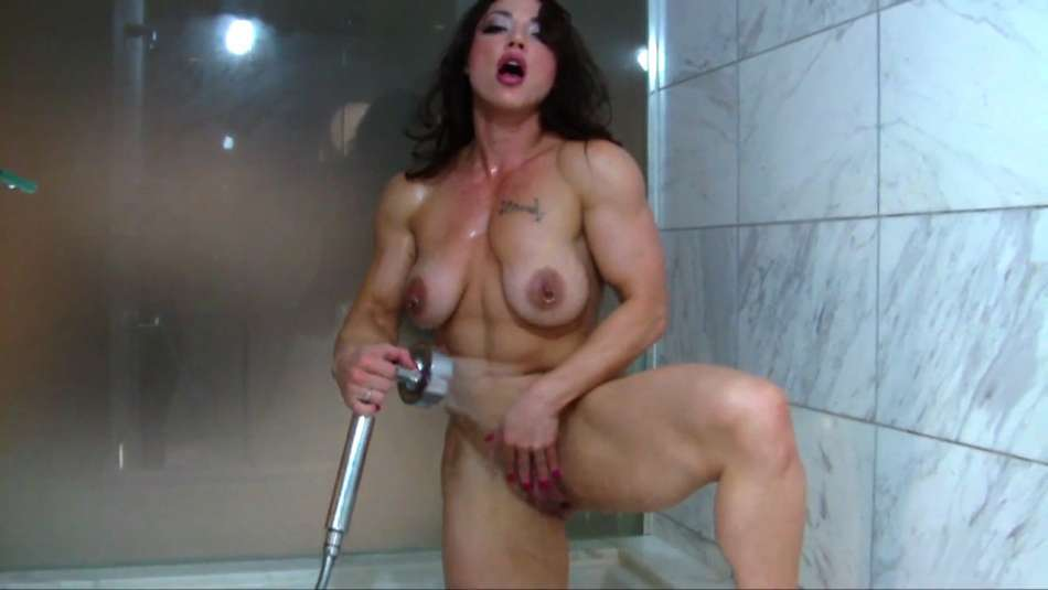 Brandi Mae nude ripped female muscle in shower