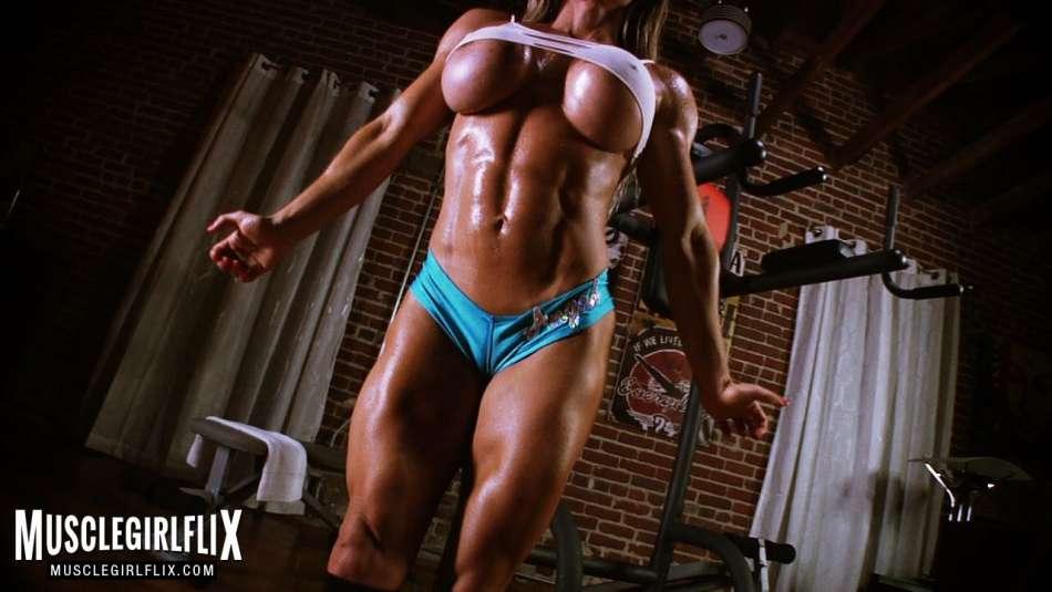 amazing big fake tits underboob muscle girl