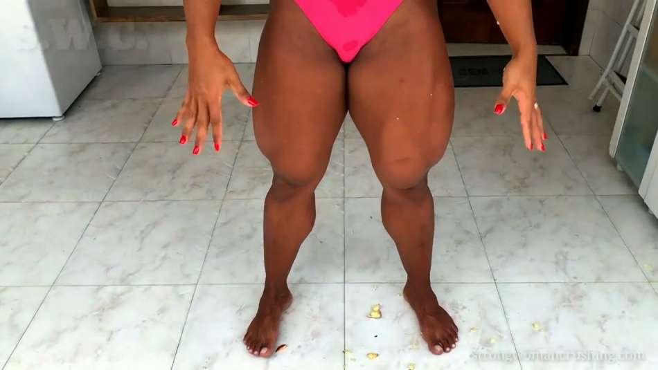 massive insane legs muscles fbb