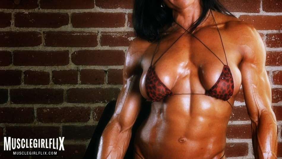 Marina Lopez hot ripped abs