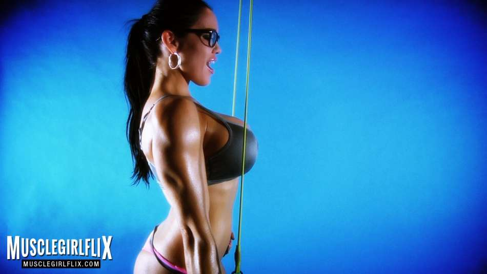 Samantha Kelly female muscle sexy workout