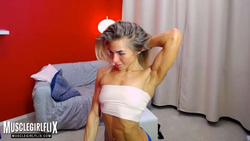 sexy fitness girl on cam
