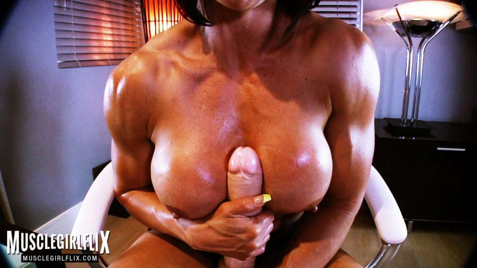 sexy fit babe titty fuck with huge dildo
