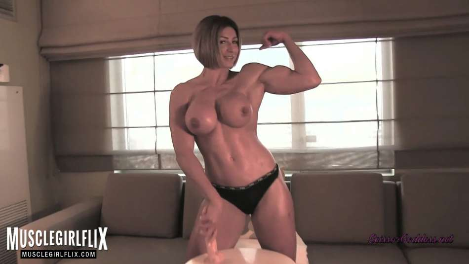 topless big tits and muscle girl flexing