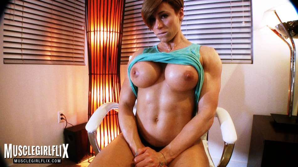 Goddess Rapture muscle girl foot fetish shredded abs