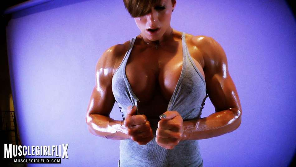 Goddess Rapture muscle girl flix oiled up and shredded