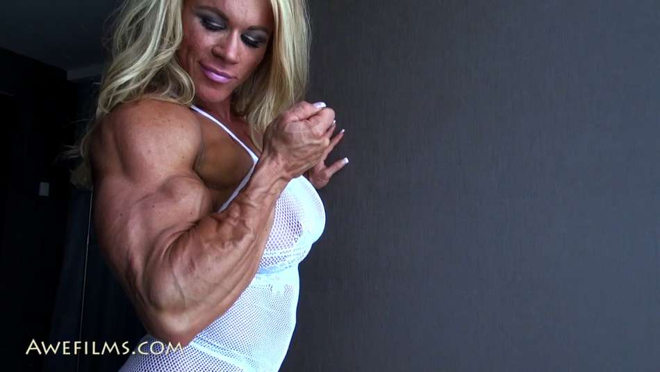 muscle girl vascular arms