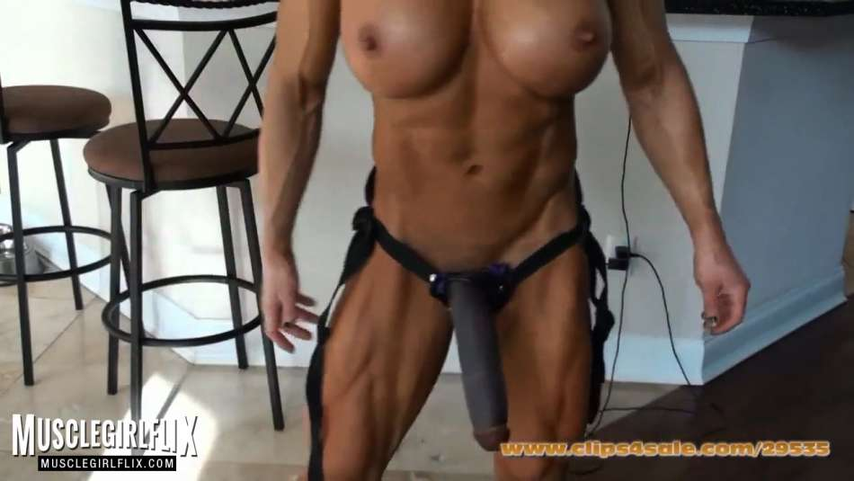 perfectly ripped muscle girl body