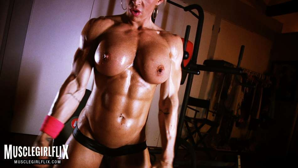 amazing tits and muscular body on fbb jill jaxen