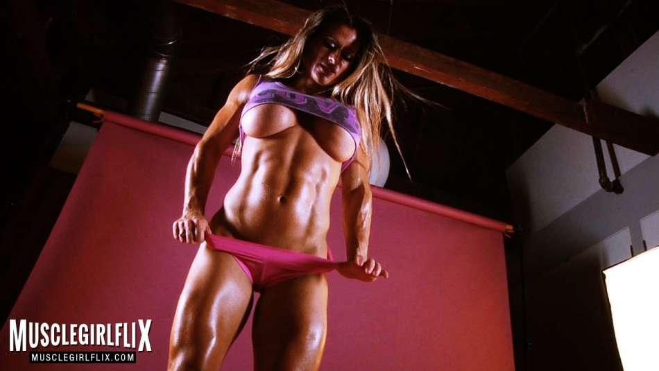 Maria Garcia amazing big tits underboob
