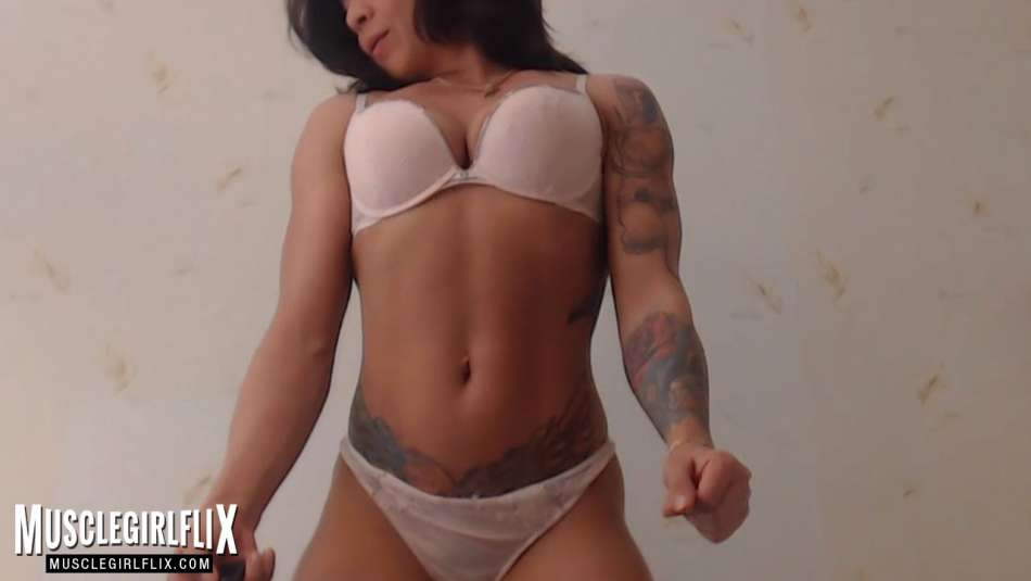 Sexy shot on Marietta on her webcam.