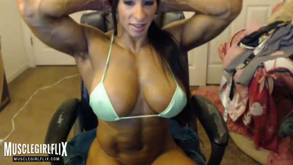 huge fbb on webcam