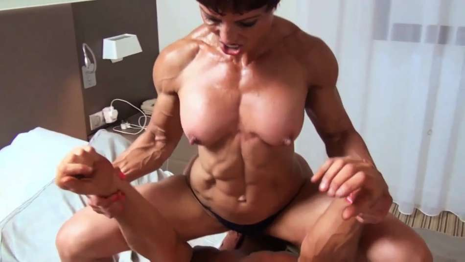 muscle mom full domination