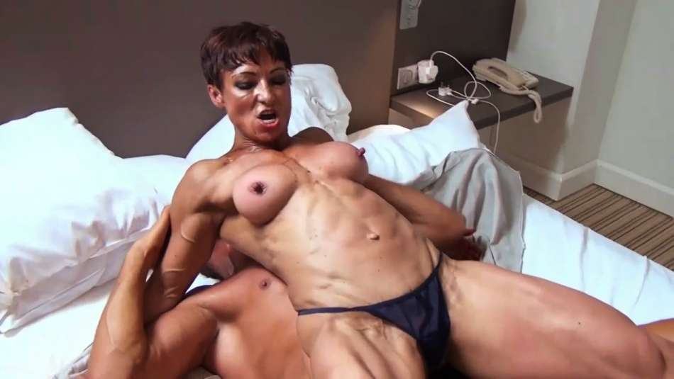 mixed wrestling female bodybuilder topless