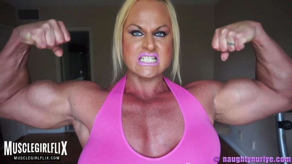 hot muscle chick is super swoll and flexing