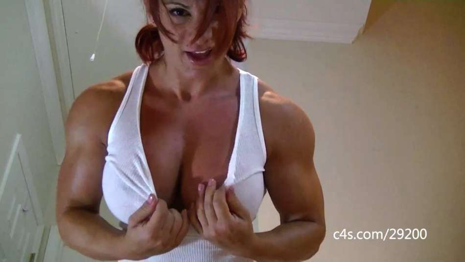 Mz Devious buffed up muscle babe