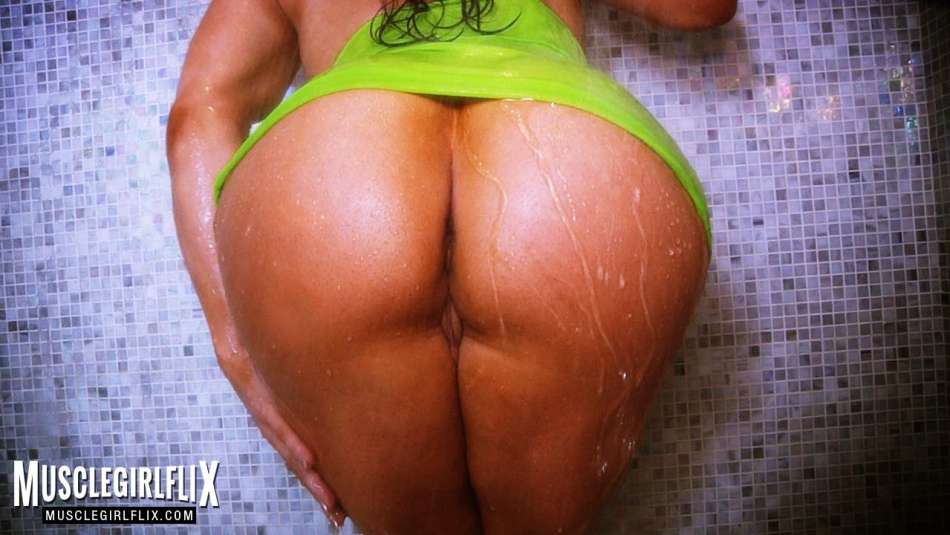 thick muscle booty and pussy fbb brandi mae