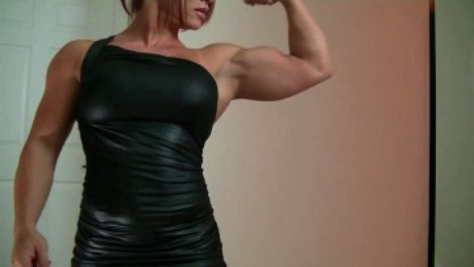 Mz Devious huge bicep flex