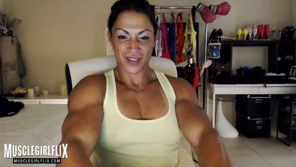 Suzy Kellner ripped upper body