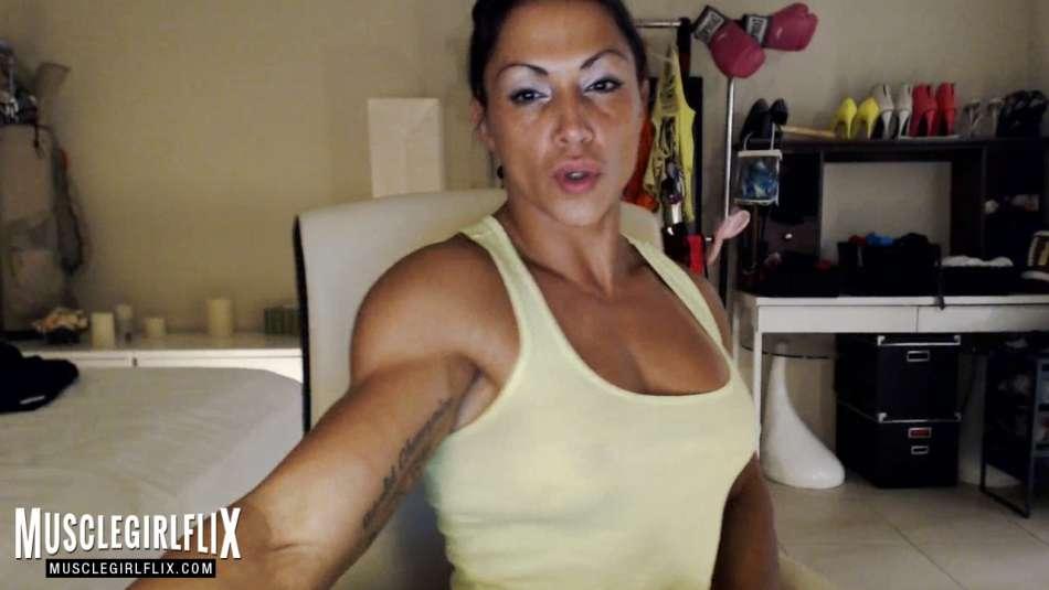 Suzy Kellner tight hot muscles camgirl