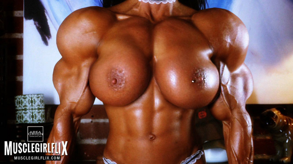 female bodybuilder maria lopez huge muscle growth