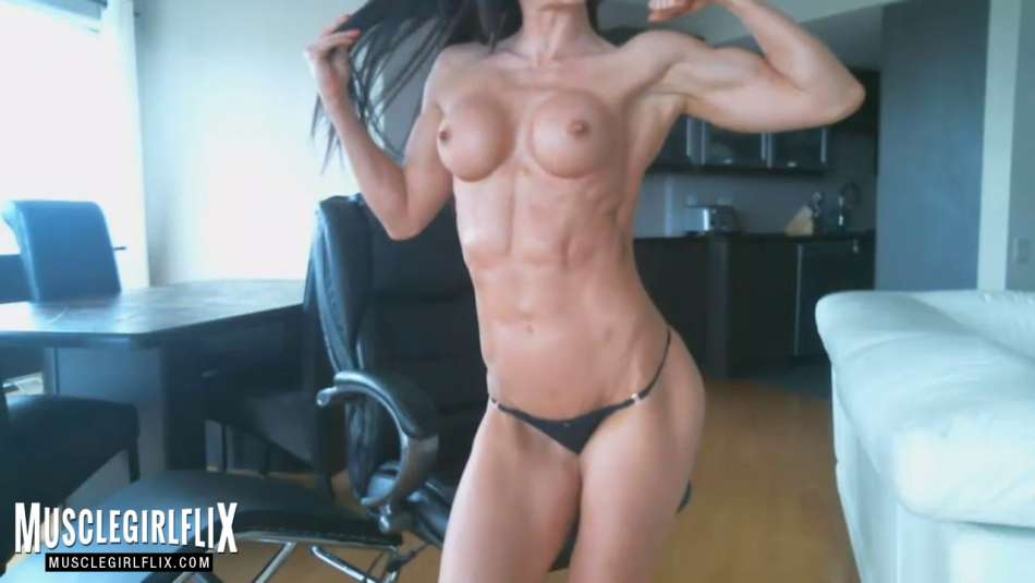 Hot Muscle Girl ripped arm muscle webcam