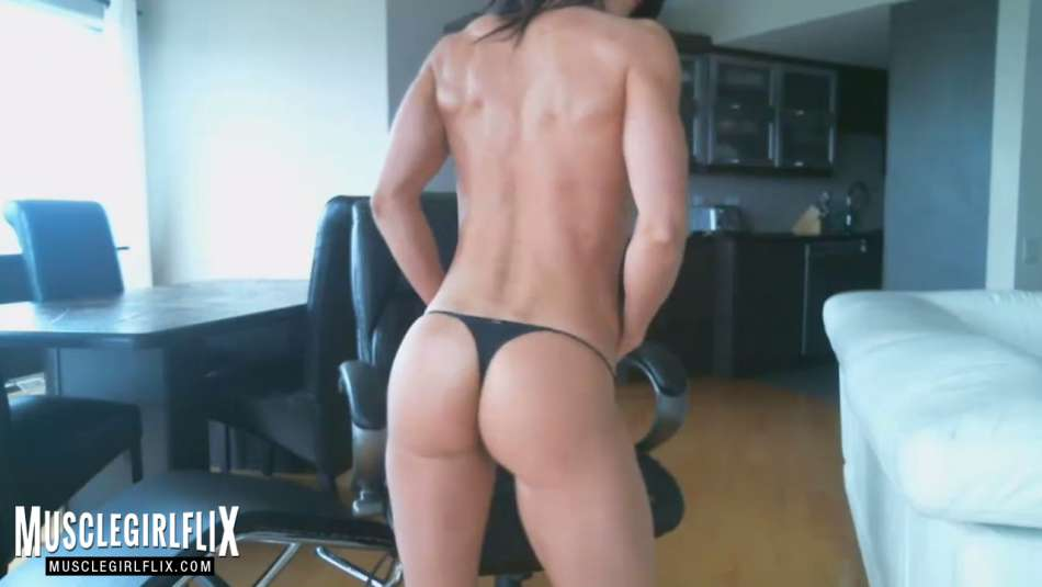 Hot Muscle Girl tight butt