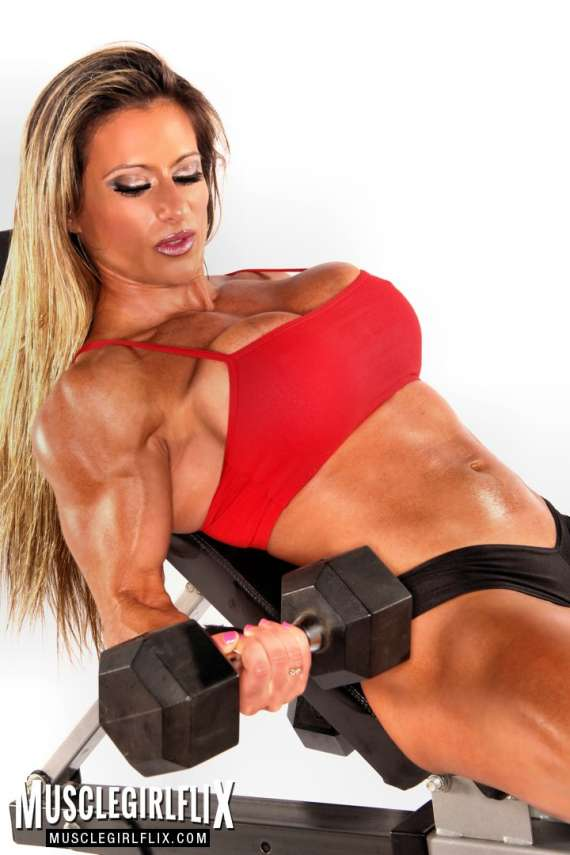 Maria Garcia doing dumbbell curls