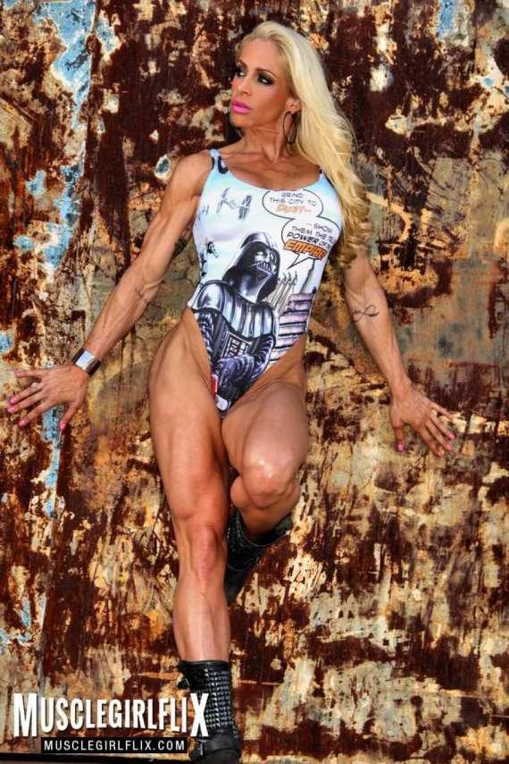 Jill Jaxen thick legs