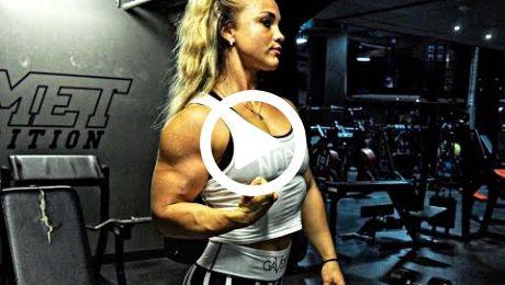 Big Fucking Biceps Muscle Girl