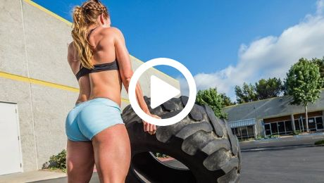 huge female powerlifter crossfit