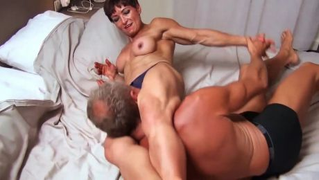 Muscle Mom Rough Sex Foreplay Deadly Nightshade