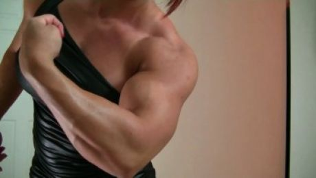 Pumping up Her Massive Biceps Mz Devious