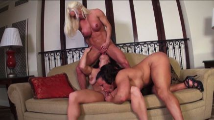 3 female bodybuilder porn licking big clits