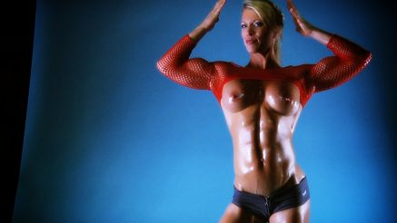 Ginger Martin female muscle MILF