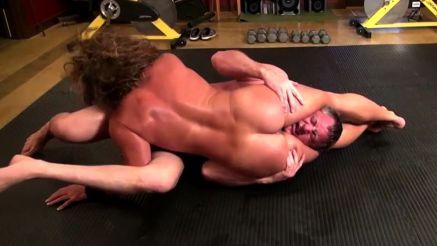 female bodybuilder MILF Annie Rivieccio nude mixed wrestling