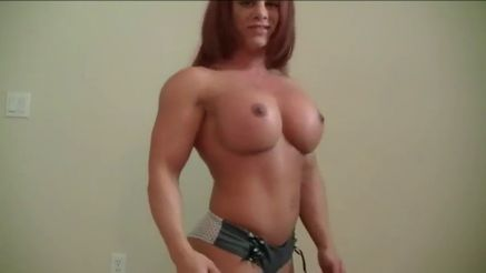 female bodybuilder amazing fake tits