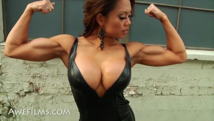 hot as fuck fitness model with big tits public exposure