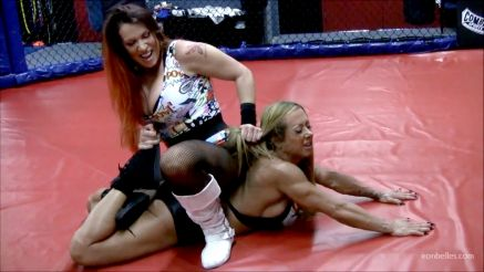 female bodybuilder wrestling video
