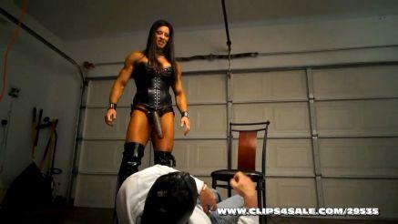 female bodybuilder femdom domination strap on