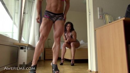 sexy female bodybuilders muscle worship